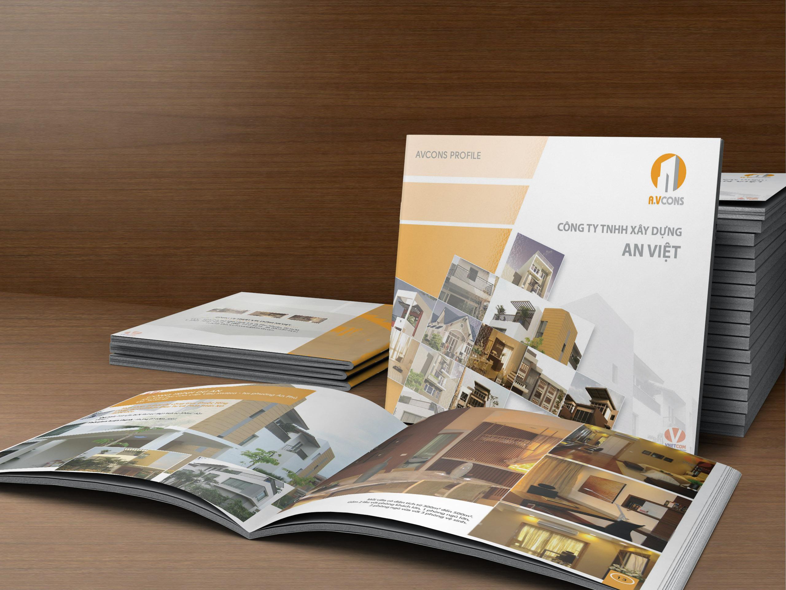 Trang bìa, logo thương hiệu phải có điểm nhấn, màu sắc ấn tượng để thu hút nhất.